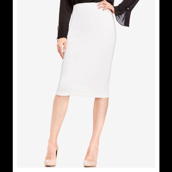 Vince Camuto Dresses & Skirts - 🎁 Vince Camuto pencil classic skirt NWT M